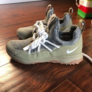 Nike City Loop Sneakers